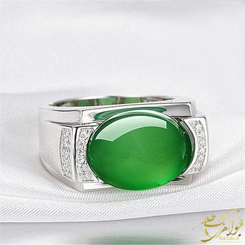 انگشتر پلاتین مردانه با سنگ عقیق سبز و برلیان
