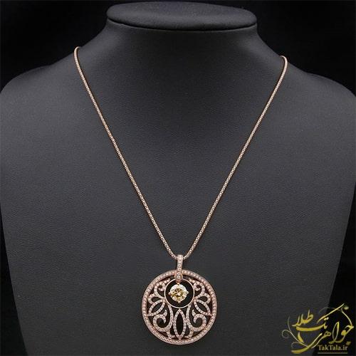 گردنبند طلا و جواهر زنانه با سنگ اونیکس و برلیان زنانه
