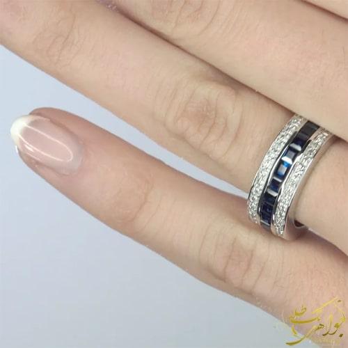 انگشتر یاقوت کبود و برلیان طلا سفید زنانه