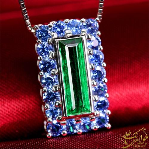 گردنبند طلا و جواهر زنانه با نگین تورمالین سبز و یاقوت کبود